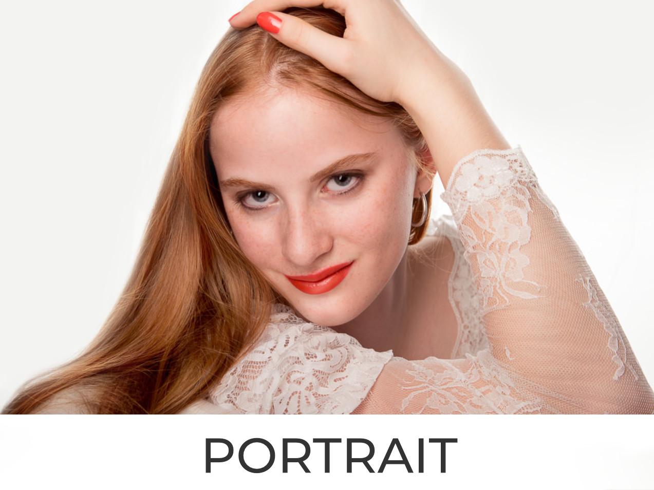 Mädchen mit rotem HaarHigh Key-Portrait